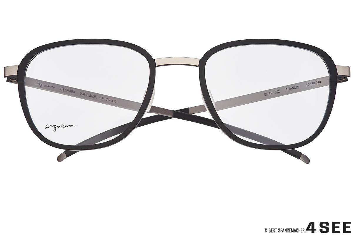 eyeweararchive02