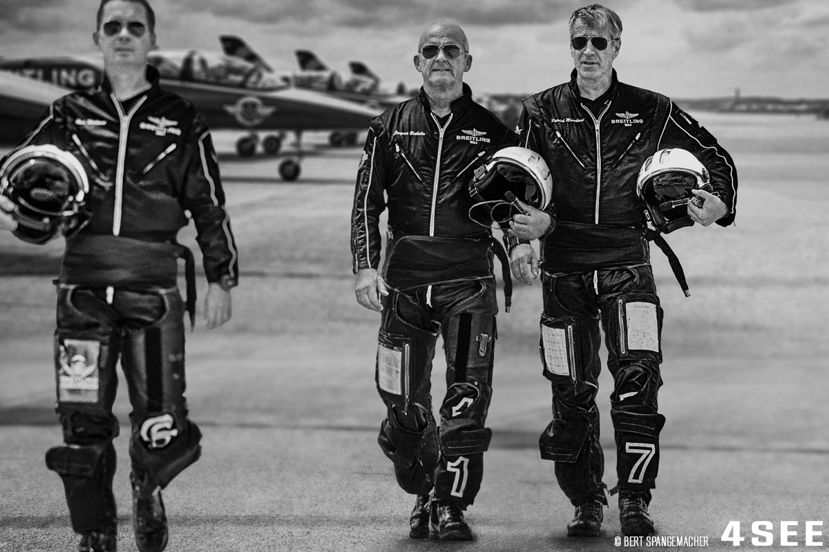 aviatorstory_01