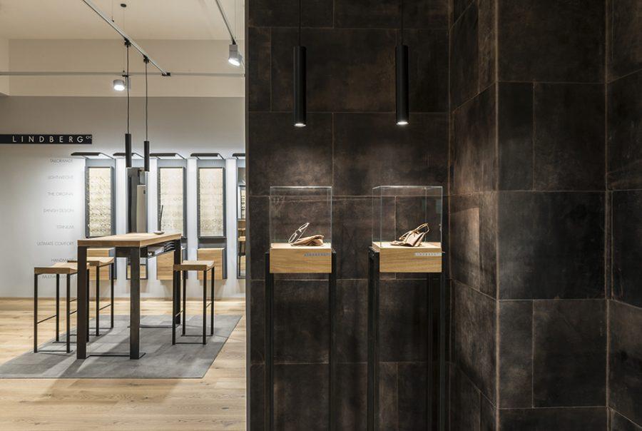 Interior picture of an optical shop Maske & Maske, Berlin