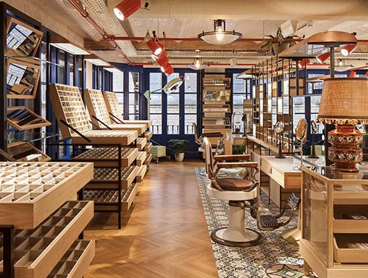 Etnia Barcelona's Flagship Store Inside