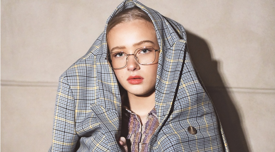 Signe Jeppesen female model glasses XAVIER GARCIA XAVIER GARCIA PERIS IN JAPAN GOLD / MILKY CARAMEL SIENNE ROUSSEAU