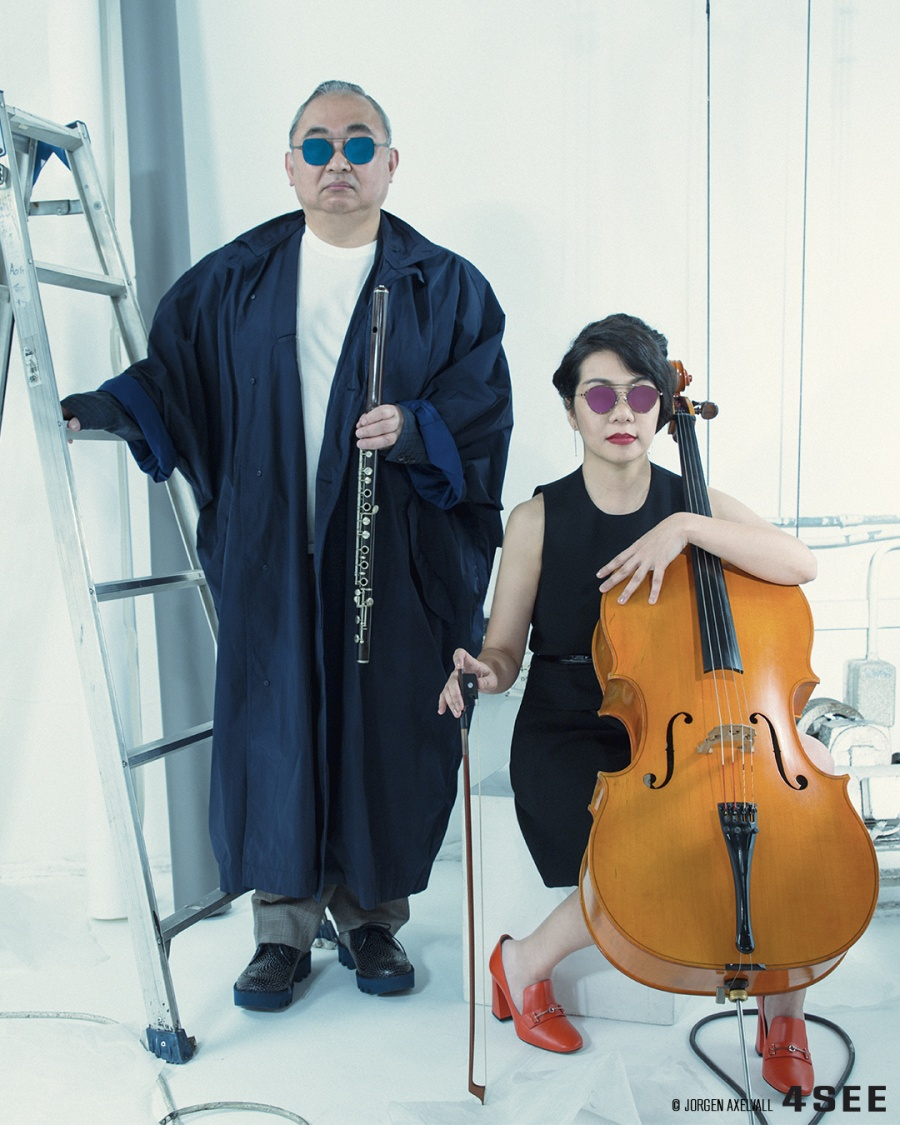 Motose Masahiro used sunglasses by EMPORIO ARMANI EA 2053 3173/SS and Mito Horiuchi sunglasses by YUICHI TOYAMA ISI US-016
