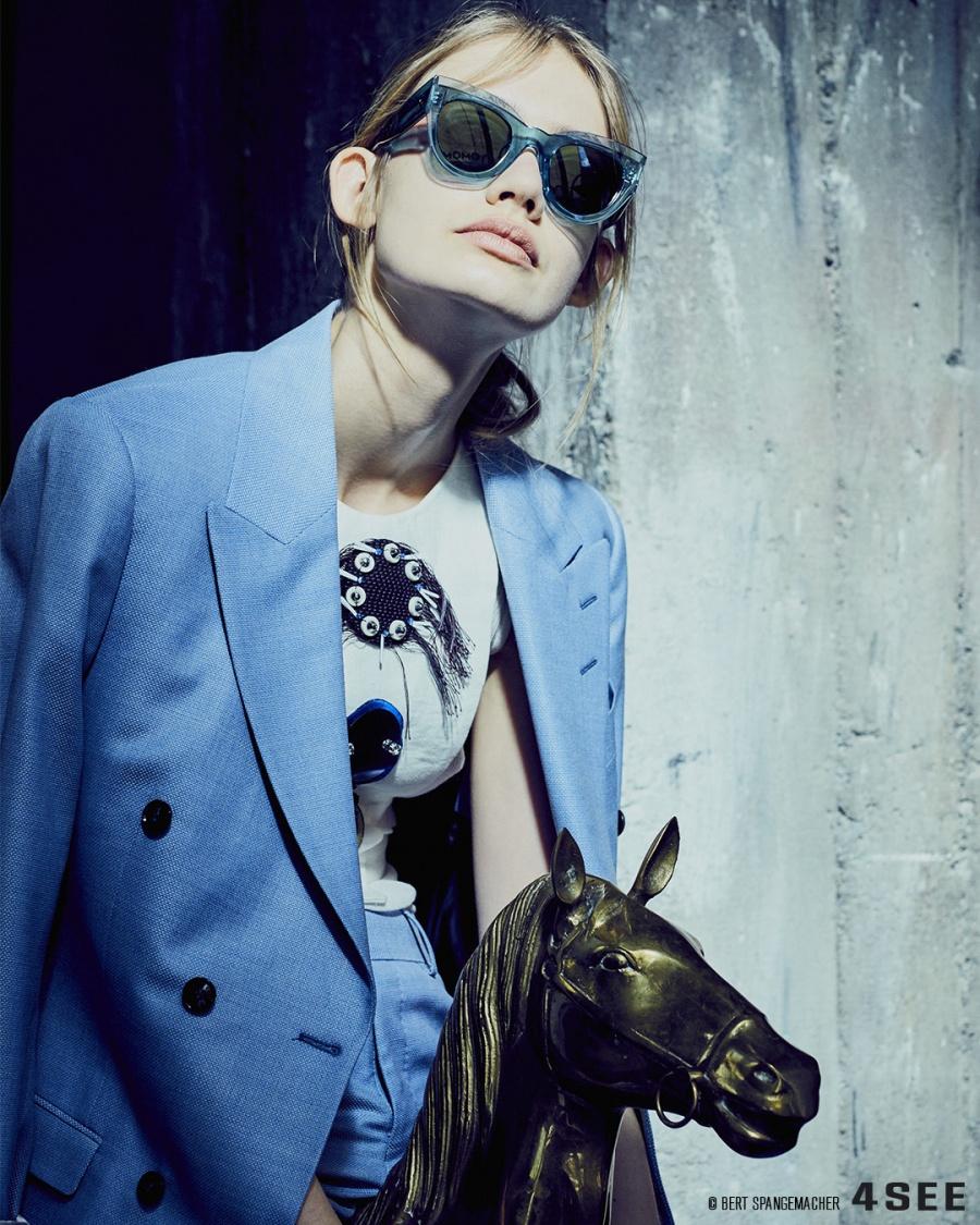 Eyewear by CÉLINE CL41447/S, Suits by TIGER OF SWEDEN, Bib by DOROTHEE SCHUMACHER