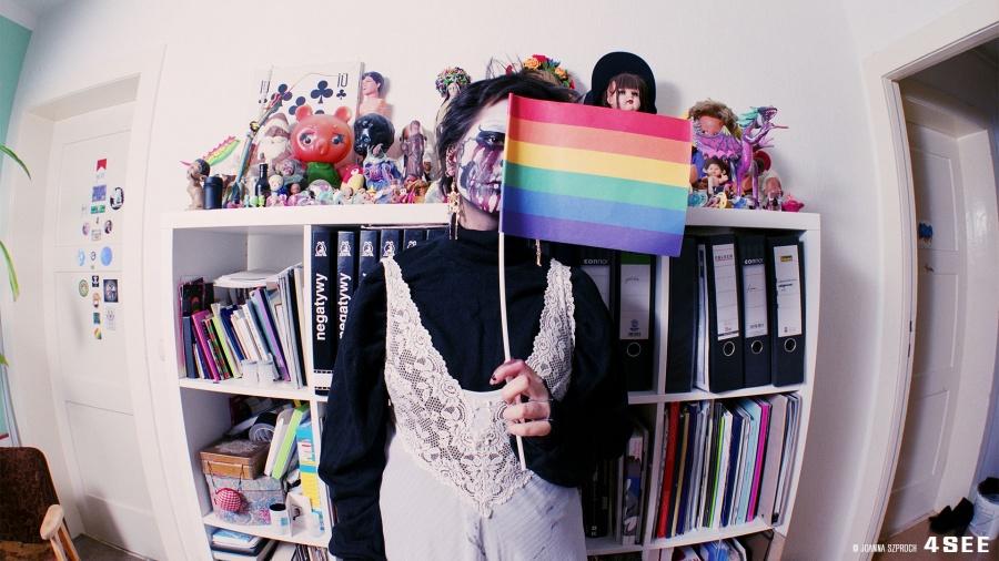 "4SEE Artist Profile 12 Joanna Szproch ""lenskaaaaaa my daughter"""