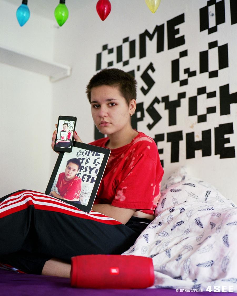 "4SEE Artist Profile 12 Joanna Szproch ""lenskaaaaaa"""