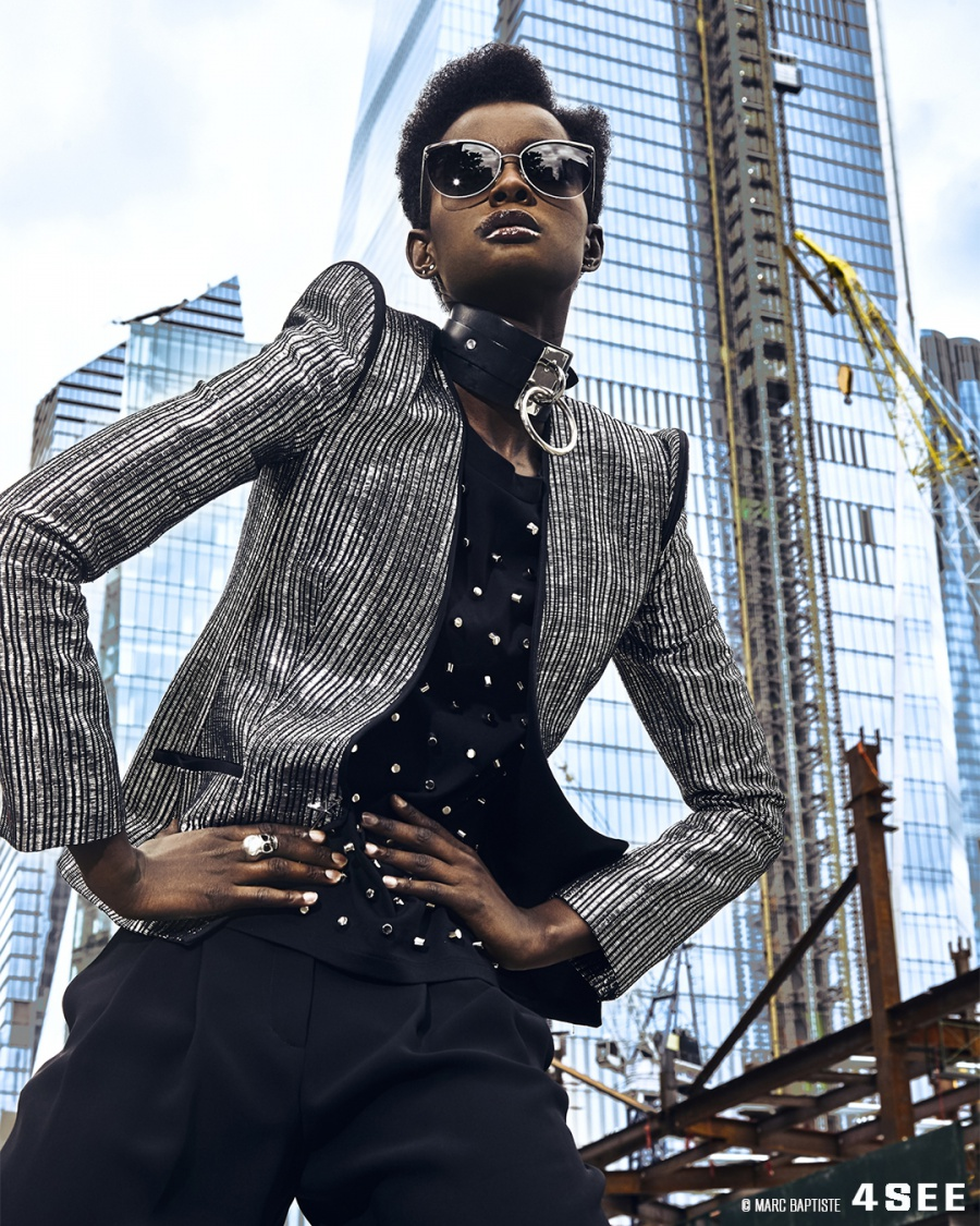 RISE UP STAND OUT // Sunglasses by BARTON PERREIRA Akua // Full look by Thierry Mugler, Necklace by Zana Bayne