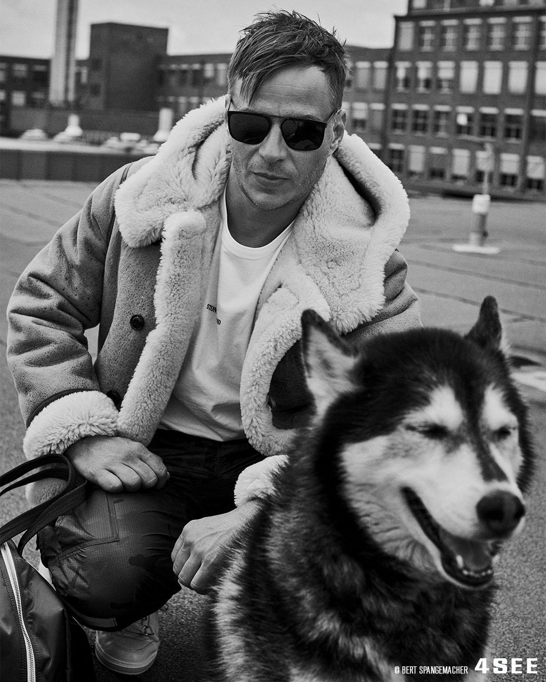 4SEE Interview with Tom Wlaschiha, Photography by Bert Spangemacher, Eyewear by Blackfin