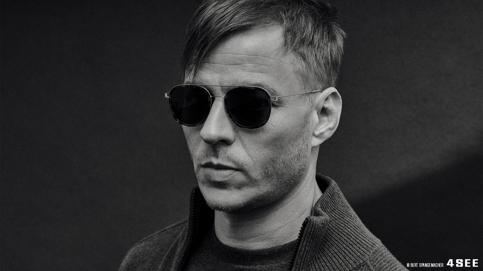 4SEE Interview with Tom Wlaschiha, Photography by Bert Spangemacher, Eyewear by Lindberg