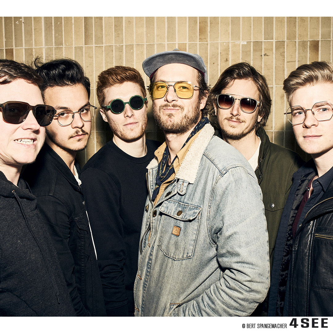 Awesome Current Swell photographed at raw studios. Berlin