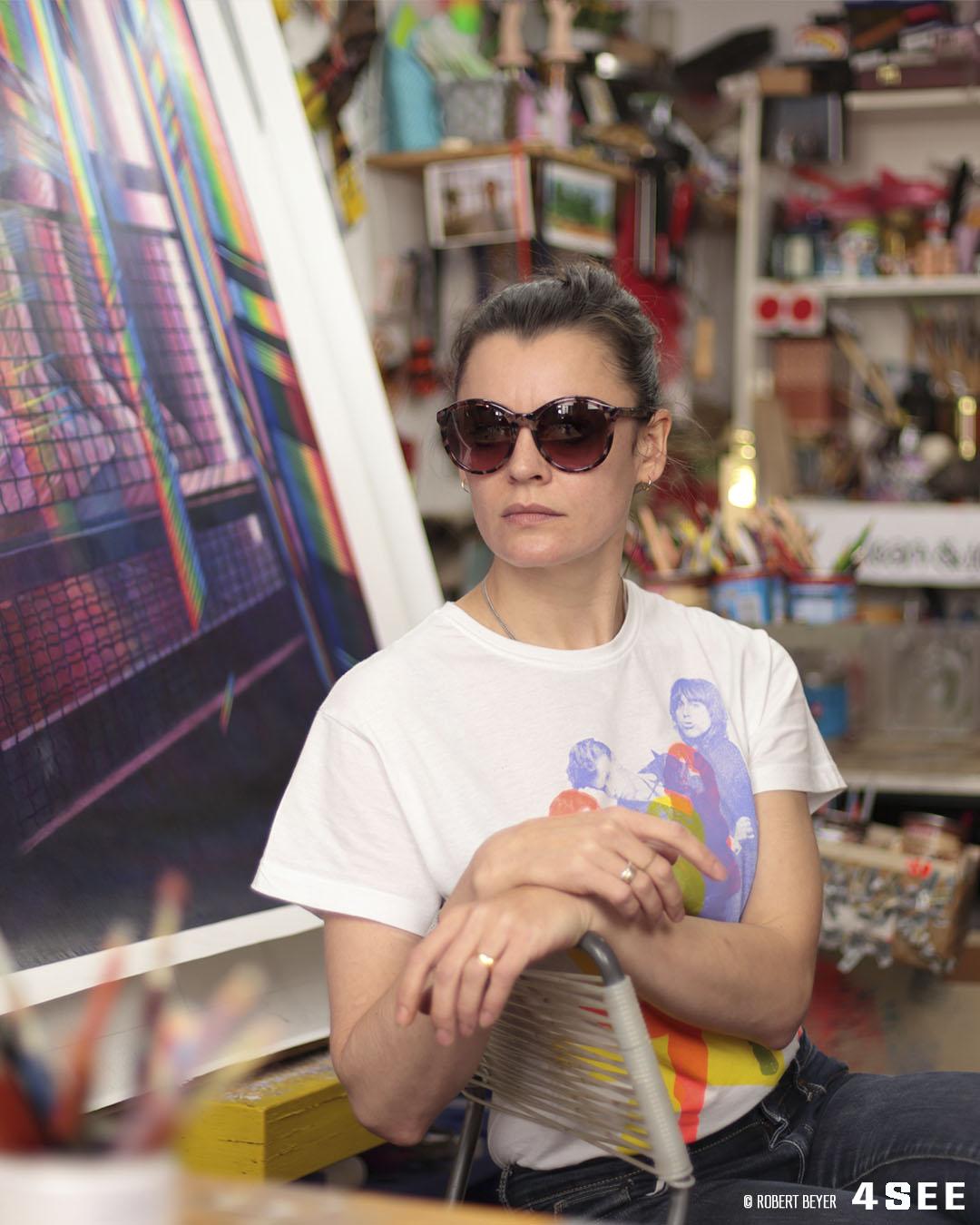 4SEE Artist Profile Chloe Grove, photo by Robert Beyer in her berlin atelier