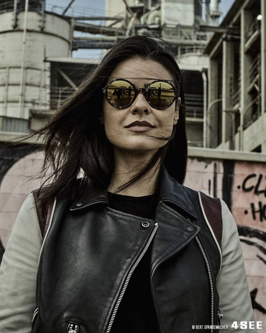 DJ Anna from Brazil, photographed by Bert Spangemacher in Barcelona